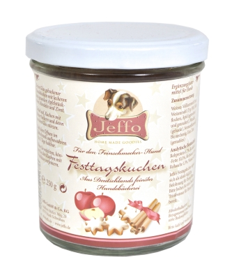fresh baked holiday cake in a jar for dogs made by Jeffo
